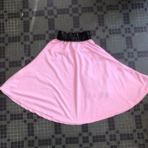 Costumes - Child's Pink and Black Poodle Skirt Medium